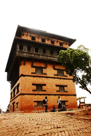 The 7 storey Nuwakot Palace photographed from extremely sweet angle
