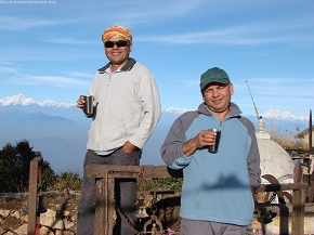 Hot tea and cold breeze at 10000 ft