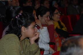 Aana enjoying the show