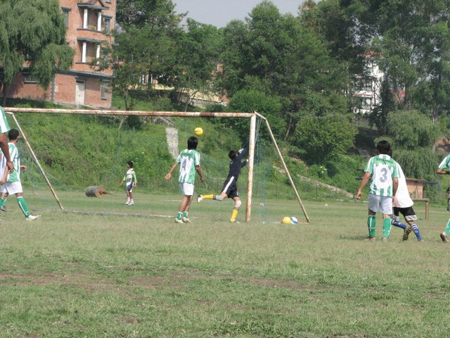 11-nabin-makes-a-spectacular-save.jpg