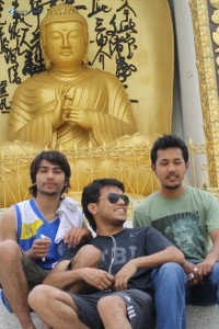 26 Three hunks infront of Buddha