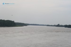 38. The Mighty Narayani river displaying her anger