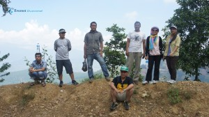 27. DW hikers