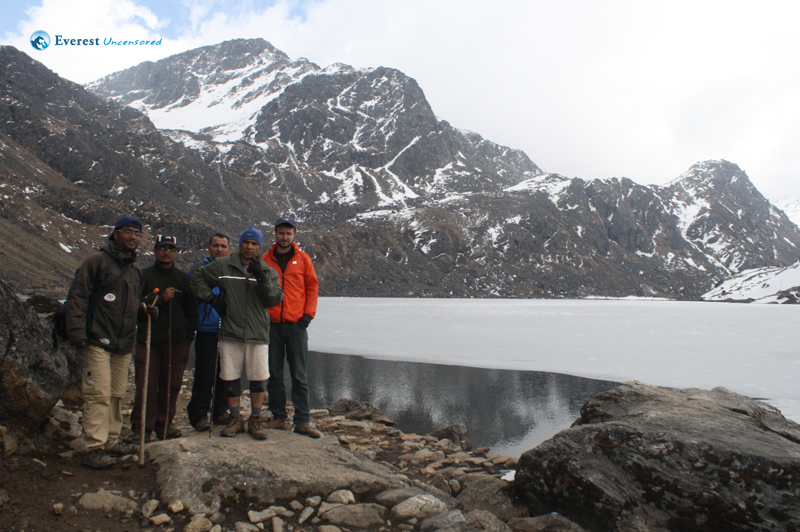 Trekking from Langtang to Gosaikunda