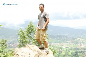 32. Sumit and the rock