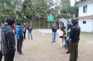 24. Team Building group division