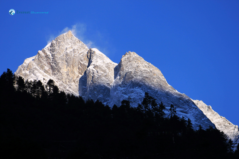 13. The first glimpse of the mountains