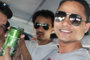 1. Outing begins with chilled tuborg
