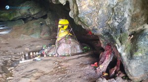 11.temple inside the cave