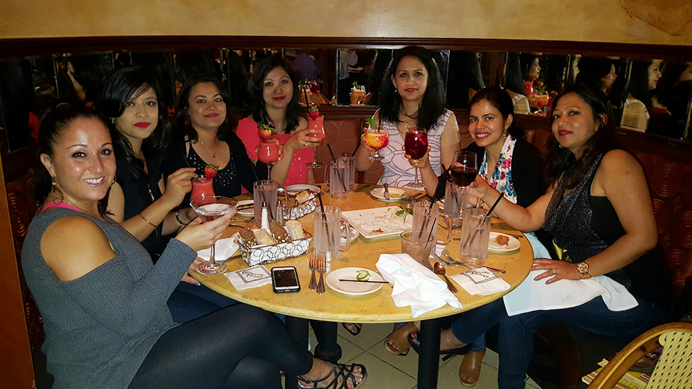 Girls Night out at The Cheese Cake Factory - Burlington