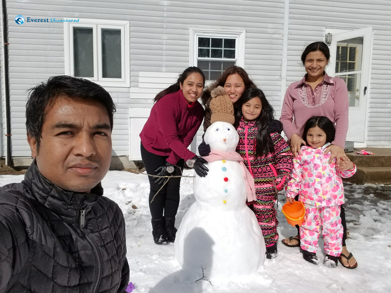 10. Snowman and cute lil munchkins