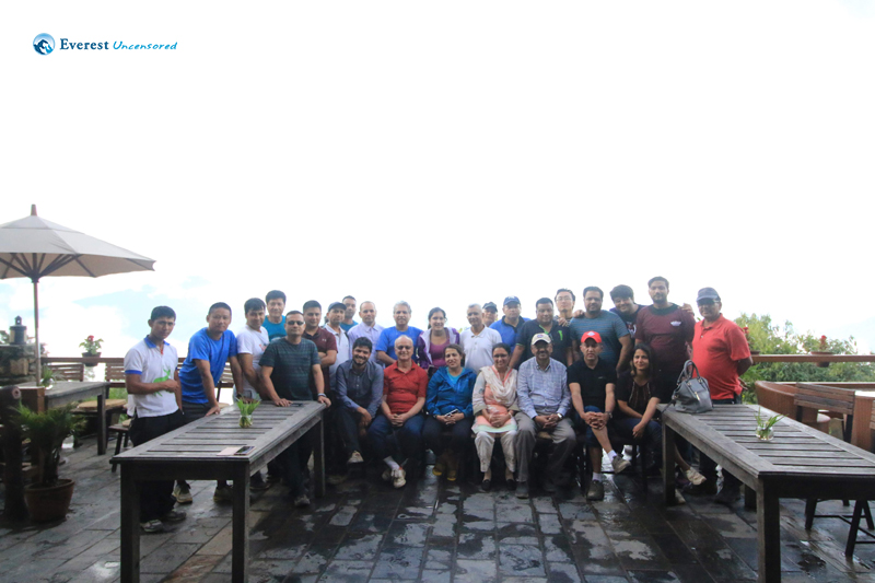 19. The IT4D 2018 - Hiking Group