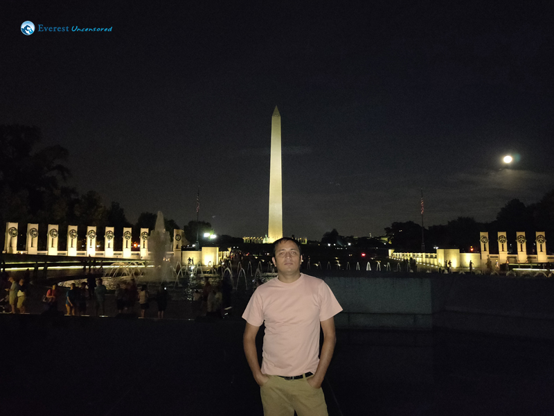 Night at Lincoln Memorial