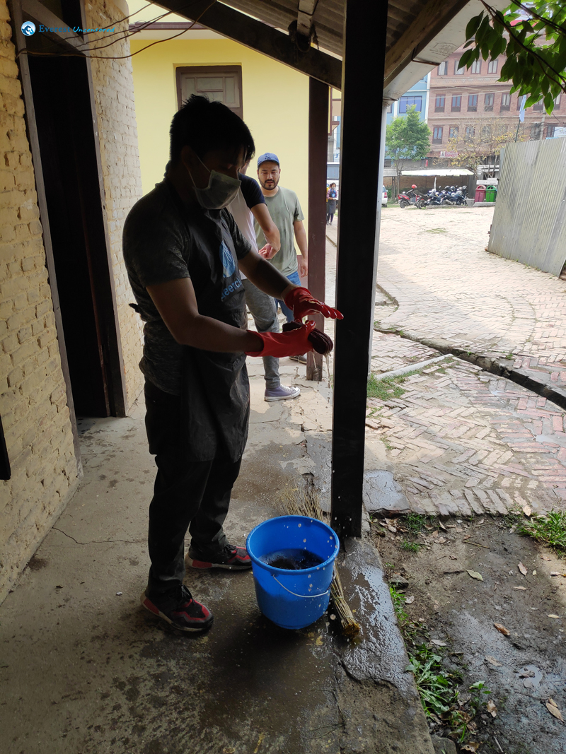 2. Preparation To Clean The Windows