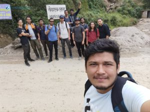 2. Hike Starts With A Selfie