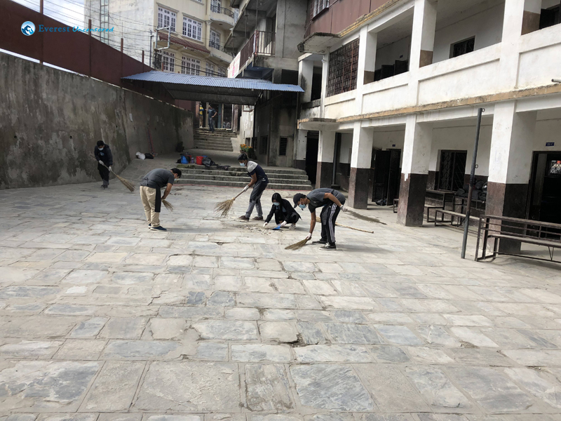 23.cleaned School Compound