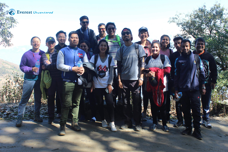 1.hiking Starts With A Group Picture